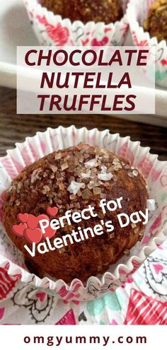 If you have a Nutella fan in the house these are a simple surprise treat to prepare for Valentine's . Hot Fudge Cake, Hot Chocolate Fudge, Chocolate Hazelnut, Chocolate Recipes, Nutella Recipes, Chocolate Lovers, Winter Desserts, Great Desserts, Party Desserts