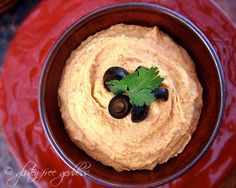 Get your hummus on. Roasted Red Pepper Hummus (Vegan + Gluten-Free)