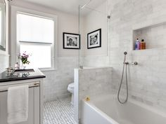 Get inspired by Traditional Bathroom Design photo by Clean Design Partners. Wayfair lets you find the designer products in the photo and get ideas from thousands of other Traditional Bathroom Design photos. Elegant Bathroom Decor, Bathroom Styling, Bathroom Interior Design, Modern Bathroom, Master Bathroom, Small Bathrooms, Long Narrow Bathroom, Cottage Bathrooms, Italian Bathroom