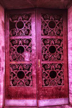 chrome pink door in Bratislava, Slovakia Cool Doors, Unique Doors, Porte Cochere, Entrance Doors, Doorway, Tout Rose, When One Door Closes, Everything Pink, Door Knockers
