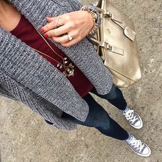 Marled Cardigan + Burgundy tee + skinnies + grey converse Source by elladav outfit Outfits With Grey Cardigan, Outfits With Converse, Casual Outfits, Maroon Converse Outfit, Gray Converse, Converse Fashion, Converse Style, Converse Chuck, Grunge Outfits