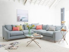 Loafs deep and comfy even-sided Oscar corner sofa in Sea Salt vintage linen with muted scatter cushions in this cosy living room - Modern Living Room Sofa Couch, Comfy Sofa, Sofa Set, Corner Sofa Cushions, Sectional Sofas, Cosy Living, Living Room Sofa, Living Room Decor, Living Room With Corner Sofa