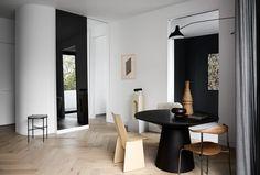 Modern Apartment Design In Design And Ideas — Alert Interior Minimalist Apartment, Minimalist Interior, Minimalist Decor, Modern Minimalist, Home Interior, Interior Architecture, Apartment Interior, Interior Styling, Apartment Design