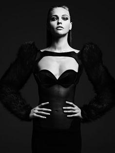 """Tough Love"": Model Sasha Pivovarova by photographer Hedi Slimane, for Vogue Japan, August Sasha Pivovarova, Hedi Slimane, Vogue Japan, Dark Fashion, High Fashion, Editorial Photography, Fashion Photography, Black Photography, Makeup Photography"