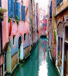 Narrow Canal, Venice - filled with so much colour! http://obus.com.au/