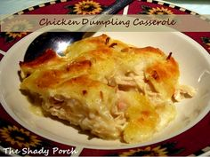 Amish Chicken and Dumpling Casserole. tastes just like a 'pot' of chicken and dumplings, just not as juicy. This recipe could serve 8 adults along with a veggie. Amish Recipes, Great Recipes, Cooking Recipes, Favorite Recipes, Bisquick Recipes, Dutch Recipes, Easy Recipes, Skinny Recipes, Carbquik Recipes