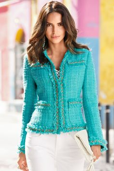 Our best-selling classic jacket with fringed hems, chain piping and allover shimmer will have you sparkling in style. Wear your #MarliesDekkers push-up bra under your Parisian Jacket to complete your dazzling look!