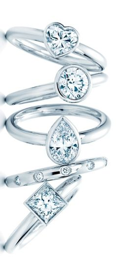 Tiffany... OMG I'm in love! I don't like the claws that hold diamonds in a setting, so this is perfection!