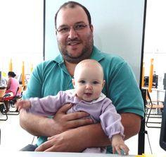 Amanda, de seis meses, tirou o primeiro RG no #Poupatempo Registro. Agora ela é uma cidadã com documento de identidade.