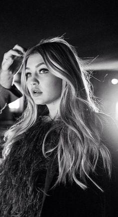 Gigi Hadid.   ♛~✿Ophelia Ryan ✿~♛