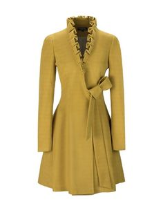 A Complete Guide to Choosing The Perfect Coat That Complements Your Taste This Season - Best Fashion Tips Coat Dress, Dress Up, Diy Vetement, Cute Coats, Swing Coats, Coat Patterns, Ruffle Trim, Ruffle Collar, Coats For Women
