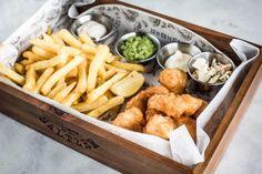 Van de makers van Firma Pickles, Fishbar Saltzer gevestigd in Amsterdam en Den Haag.  Ook te bestellen via Foodora.