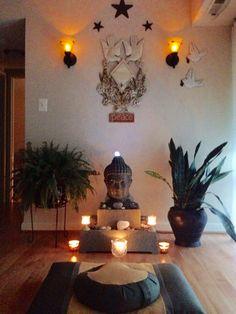 ideas for yoga room design zen space peace Meditation Raumdekor, Meditation Room Decor, Yoga Room Decor, Massage Room Decor, Meditation Pictures, Meditation Quotes, Deco Zen, Zen Space, Home Decor Ideas