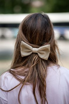 Bows make every hairstyle perfect.