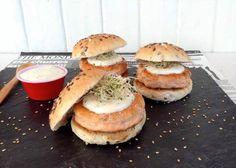 HOY COMEMOS SANO: Hamburguesas de salmón con salsa de eneldo