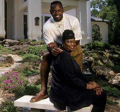 Emmitt Smith With His Mother Mary Tasha Johnson Celebrity Families