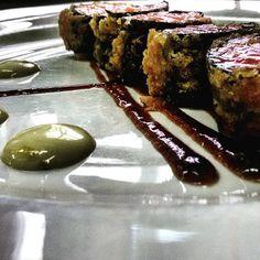 Tataki de salmó en tempura mayonesa de wasabi i reducció de soja #tataki #foodporn #lasalut by avillar86