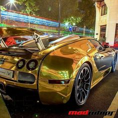 Visit The MACHINE Shop Café... ❤ Best of Bugatti @ MACHINE ❤ (Gold Plated Bugatti ƎB Veyron)