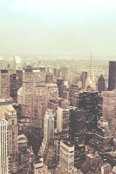 New York City Skyline by Vivienne Gucwa // day dream my way back into its bookstores