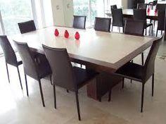 Comedor en blanco de un apartamento moderno arquitectura - Mesas de marmol de comedor ...