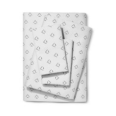 Nate Berkus Dotted Triangle Sheet Set - ($63) ❤ liked on Polyvore featuring home, bed & bath, bedding, bed sheets, dotted triangle, california king fitted sheet, dot sheet set, patterned sheet sets, cal king fitted sheet and polka dot sheet set