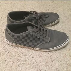 Mens vans These vans are in okay condition. They do have a bit of wear and tear like normally but are still fully functional. Vans Shoes Sneakers