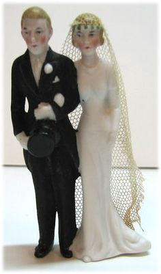 1000 images about 1920 39 s cake toppers on pinterest vintage wedding cake toppers wedding cake. Black Bedroom Furniture Sets. Home Design Ideas