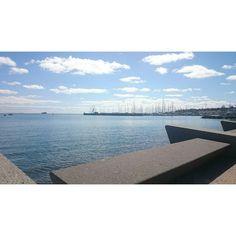 Another beautiful day in Geelong  #geelong #waterfront #easternbeach #westernbeach #rippleside #visitgeelongbellarine #nofilter #walk #keepmoving by rubyhilda http://ift.tt/1JtS0vo
