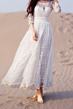 Lace White 3/4 Sleeve Maxi Dress ==