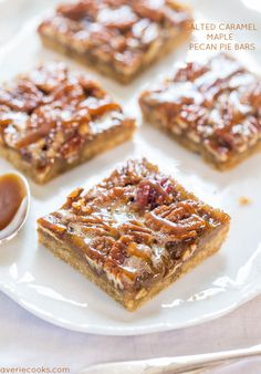 Salted Caramel Maple Pecan Pie Bars - #dessert #foodporn #snackgasm #Dan330 http://livedan330.com/2014/11/12/salted-caramel-maple-pecan-pie-bars/