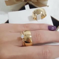 Wedding Rings Solitaire, Gold Diamond Wedding Band, Vintage Diamond Rings, Engagement Rings Couple, Couple Rings, Gold Ring Designs, Ring Bracelet, Bridal Jewelry, Jewelry Rings