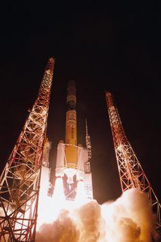 H-IIAロケットは今回が22機目の打ち上げとなり、また7号機以降、16機連続の成功となった。