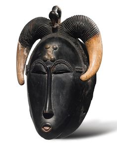 Baule Mask, Ivory Coast Height: 9 in cm) PROVENANCE Reportedly collected between 1939 and 1958 by Mr. Leopold, a mining engineer in the former Belgian Congo Arte Tribal, Tribal Art, African Masks, African Art, Statues, Belgian Congo, Chinese Astrology, Art Premier, Art Sculpture