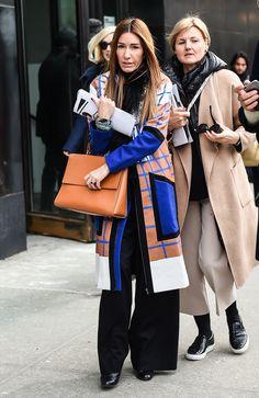 Quadri insoliti e inserti colorati un cappotto come questo è tutt'altro che classico.  -cosmopolitan.it
