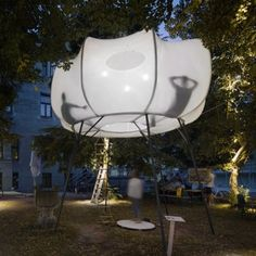 """Iranzo, Rittler and Kesting create cocoon-like """"cloud"""" installation"""