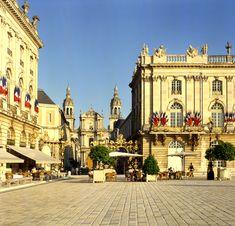 Nancy - Place Stanislas - Meurthe-et-Moselle dept. - Lorraine région  France        .....www.ferries-to-france.com