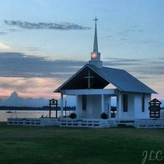 White Lake Church. Preaching by the lake!  What better way to praise God by looking at one of His beautiful creations.