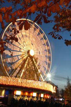 Joukolatar: Valokarnevaalit / The Carneval of Lights in Linnanmäki amusement park
