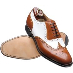 Men's shoes will not be as many models of women's shoes are up to tens of its kind. So is the matter of color, men's shoes usually have a rather limited choice of colors. special shoes for men there are several types that I can give as a reference.   OXFORD SHOES This is the
