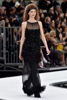 Runway #style review Fall17: Chanel rockets out of this world