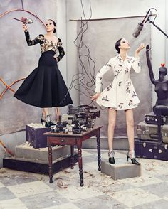 Pat and Anna Cleveland model Dior dresses in Neiman Marcus' Art of Fashion campaign Fashion Story, Fashion Art, Editorial Fashion, Fashion News, Autumn Fashion, Funky Fashion, Fashion 2016, Neiman Marcus, Editorial Photography