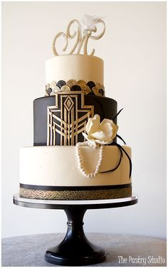 20 Deliciously Decadent Art Deco Wedding Cakes Gatsby-Art Deco Cake Design by The Pastry Studio: Daytona Beach, Florida Great Gatsby Party, Great Gatsby Motto, Gatsby Themed Party, 1920s Party, Art Deco Cake, Cake Art, Art Deco Party, Pastel Art Deco, Wedding Cake Designs