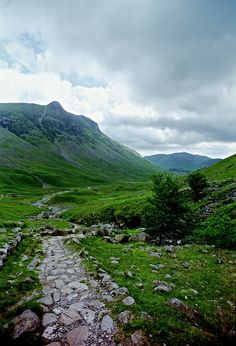 Somewhere near Great Langdale, circa 1996, Lake District, England by Ron's travel site