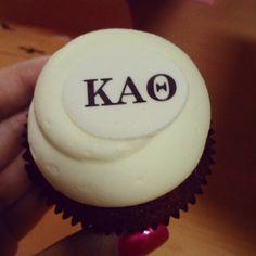 Theta cupcake Kappa Alpha Theta, Delta Gamma, The Kat, Sorority Life, College Life, Bakery, Greek, Cupcakes, Letters