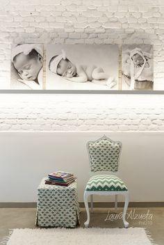 I love my studio!! Minha inspiração para criar o ambiente do meu estúdio fotográfico foi um quarto de bebê. Em tons de branco, temos cômoda, trocador, cadeira de amamentação e muita, muita luz natural! Ele foi projetado exclusivamente para ensaios de newborn, bebês, gestantes e famílias em Pinheiros, São Paulo, Brasil