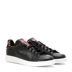 Adidas Stan Smith Leather Sneakers ($92) ❤ liked on Polyvore featuring shoes, sneakers, black, black sneakers, black shoes, black leather sneakers, black trainers and adidas footwear