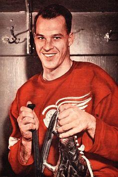 Maurice Richard, Women's Hockey, Baseball, Mario, Bobby Orr, Red Wings Hockey, Number 9, Sports Figures, National Hockey League
