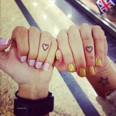 #Tattoo #Tattoos #Tatted #Ink #Inked #Knuckle #Finger #Wrist #Wrists #Fingers  #Matching #Heart #Hearts #Star #Stars