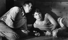 Still of Sean Astin and Wil Wheaton in Toy Soldiers