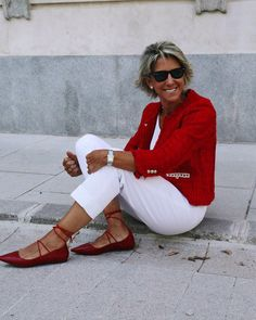 Best Fashion Tips For Women Over 60 - Fashion Trends Over 60 Fashion, Mature Fashion, Over 50 Womens Fashion, Fashion Over 50, Fashion Tips For Women, Plus Size Fashion, Ladies Fashion, 50 Style, Cool Style